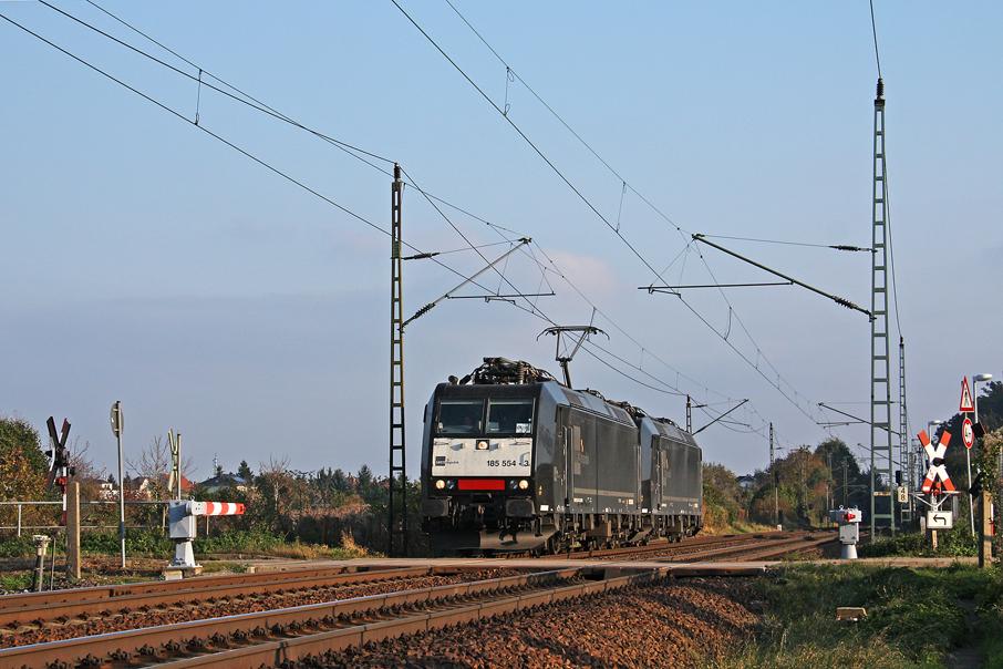 https://img.webme.com/pic/e/elbtalbahn/0886-185-554_553.jpg