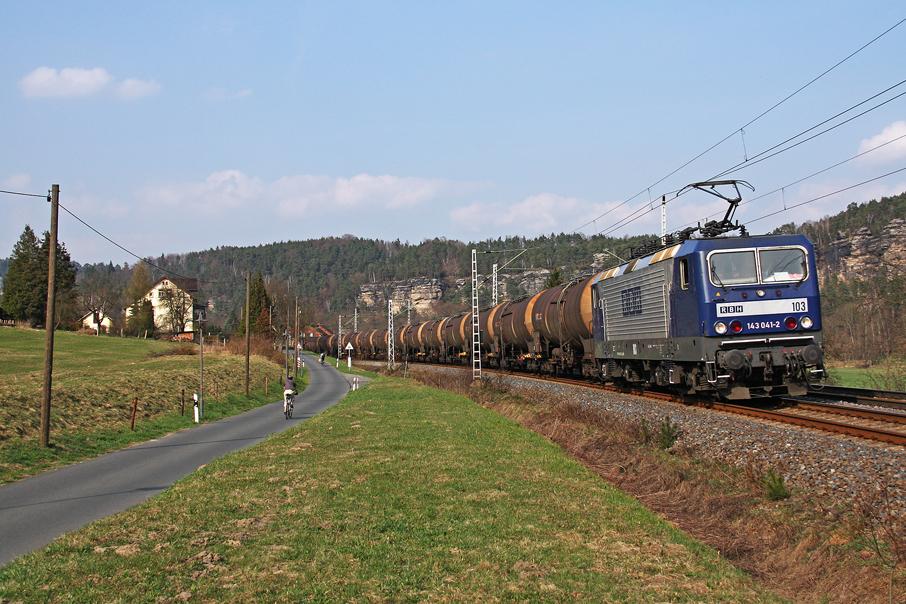 https://img.webme.com/pic/e/elbtalbahn/1006-143-041.jpg