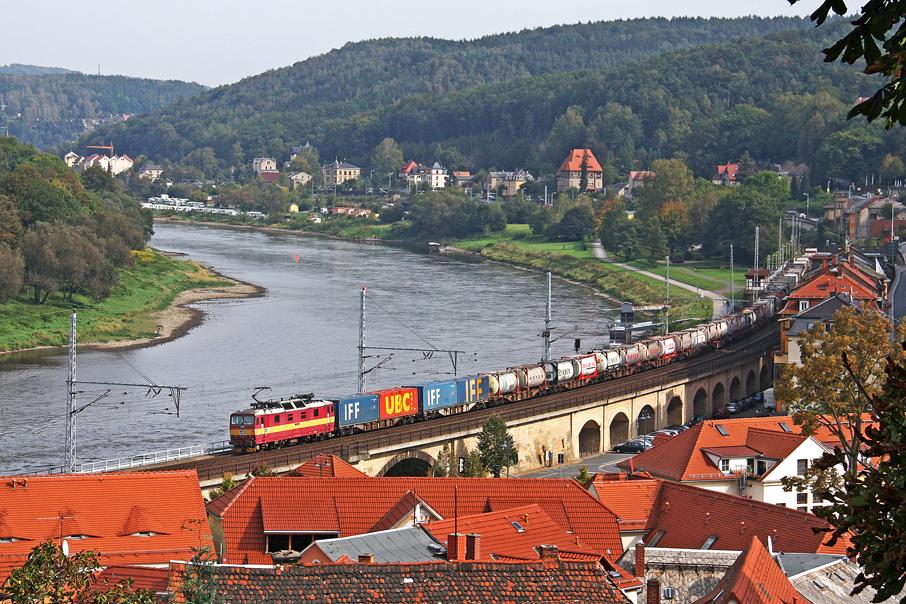 https://img.webme.com/pic/e/elbtalbahn/102-372-klv.jpg