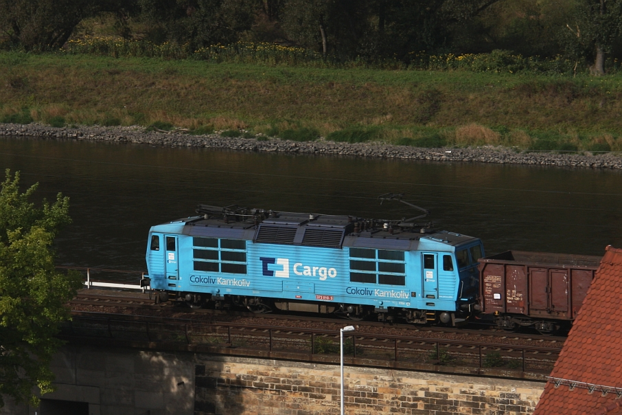 https://img.webme.com/pic/e/elbtalbahn/107-372-010.jpg