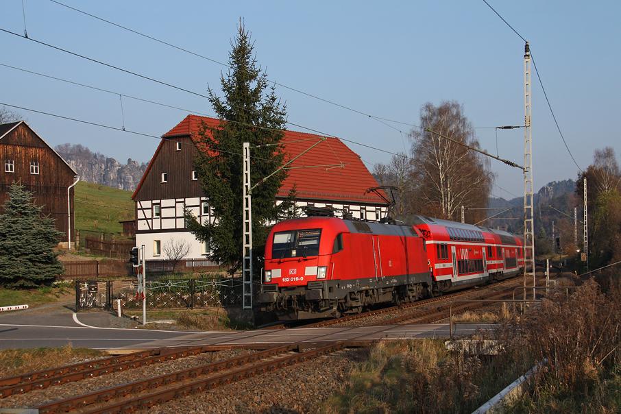 https://img.webme.com/pic/e/elbtalbahn/1247-182-019.jpg