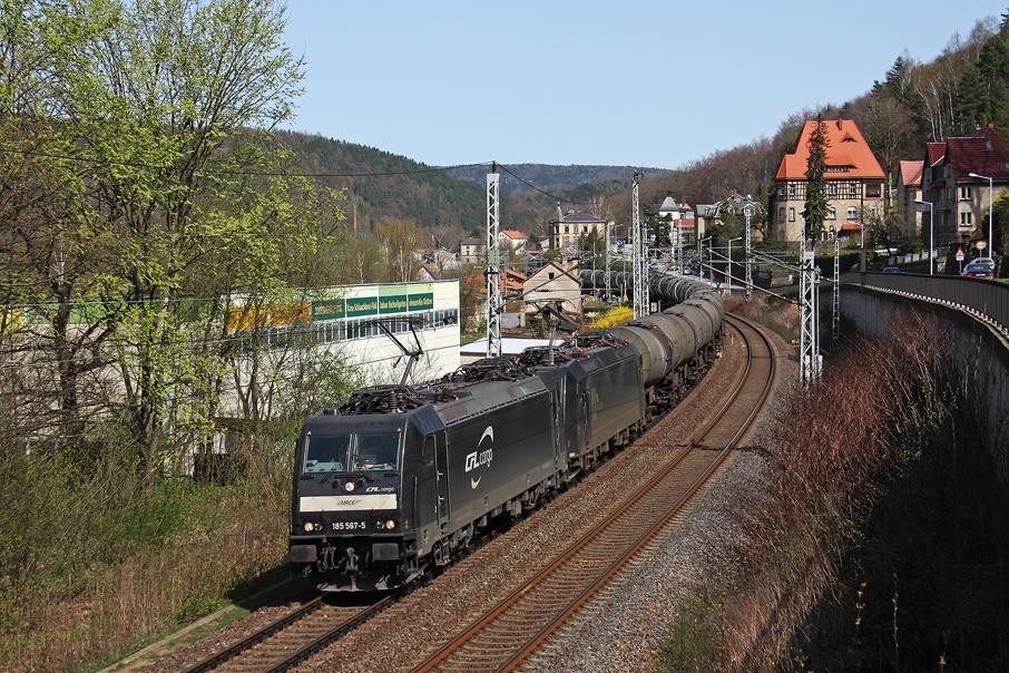 https://img.webme.com/pic/e/elbtalbahn/1515-185-567_185-554.jpg