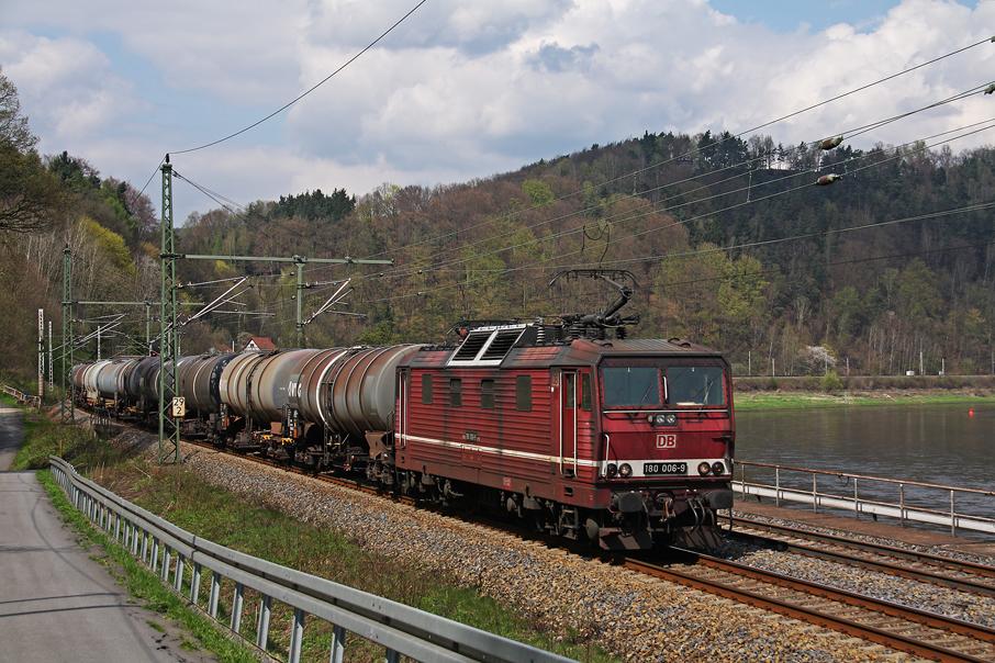 https://img.webme.com/pic/e/elbtalbahn/1725-180-006.jpg