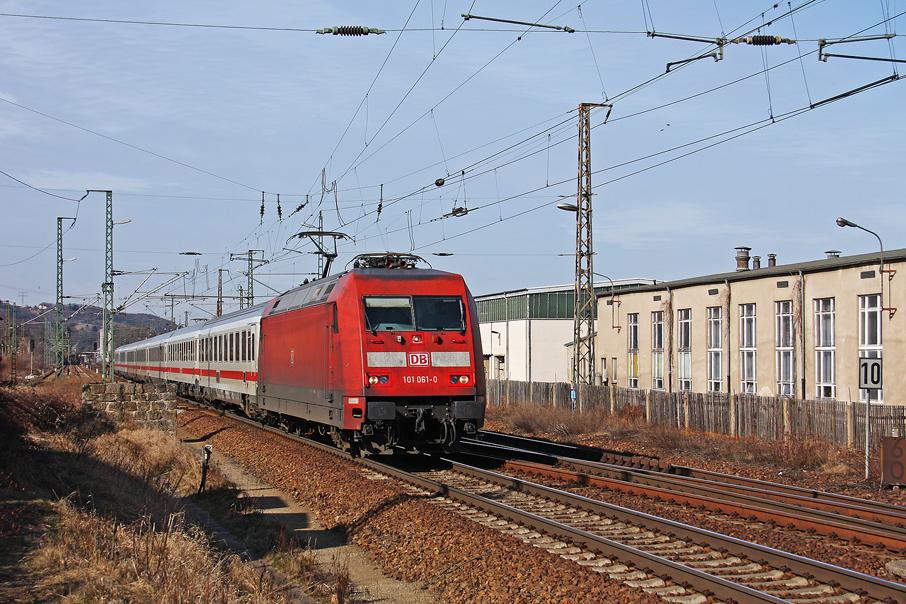 https://img.webme.com/pic/e/elbtalbahn/1840-101-061.jpg