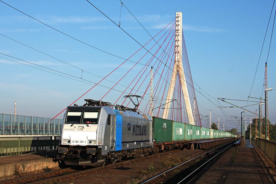 https://img.webme.com/pic/e/elbtalbahn/4022e-186-187.jpg