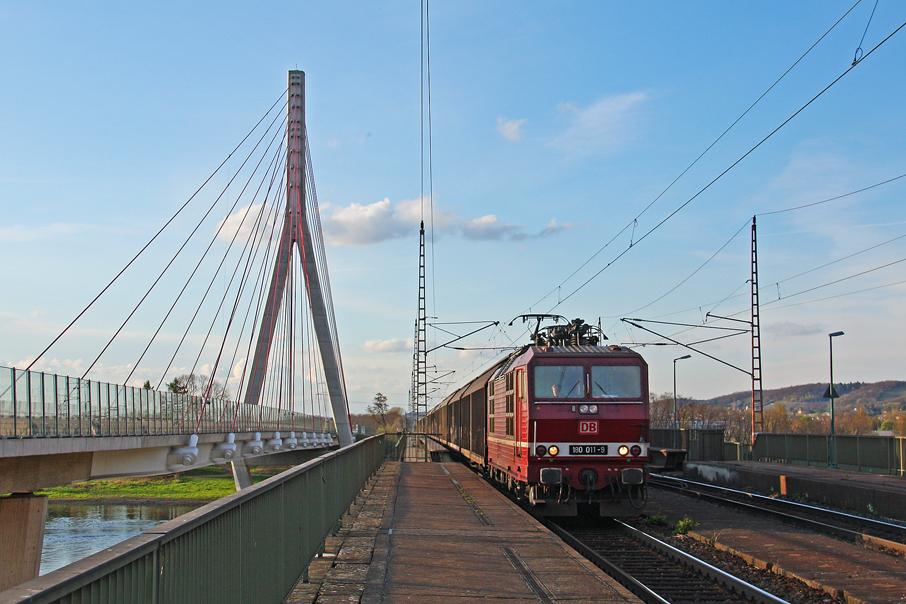 https://img.webme.com/pic/e/elbtalbahn/4849-180-011.jpg