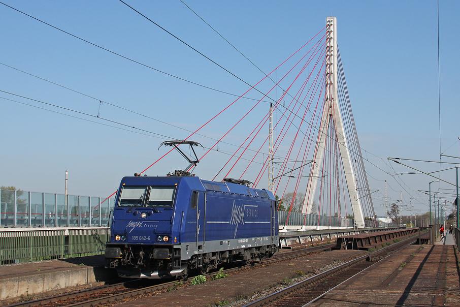https://img.webme.com/pic/e/elbtalbahn/5029-185-642.jpg