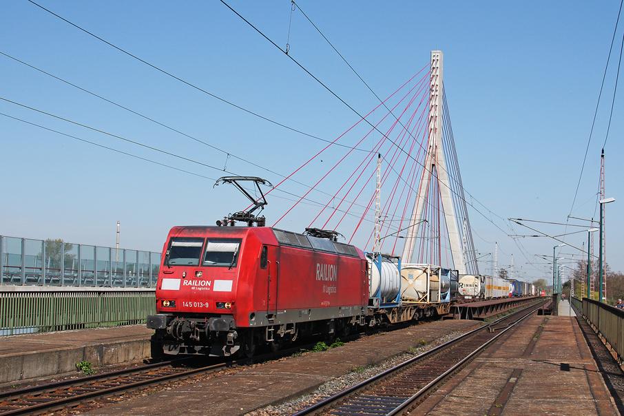 https://img.webme.com/pic/e/elbtalbahn/5058-145-013.jpg