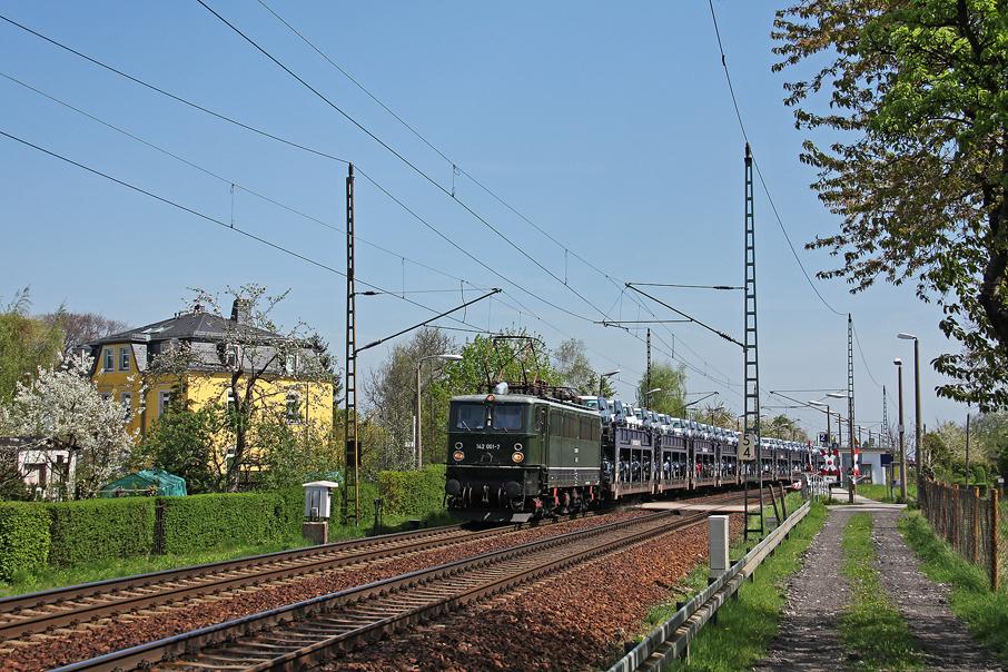 https://img.webme.com/pic/e/elbtalbahn/5137-142-001.jpg