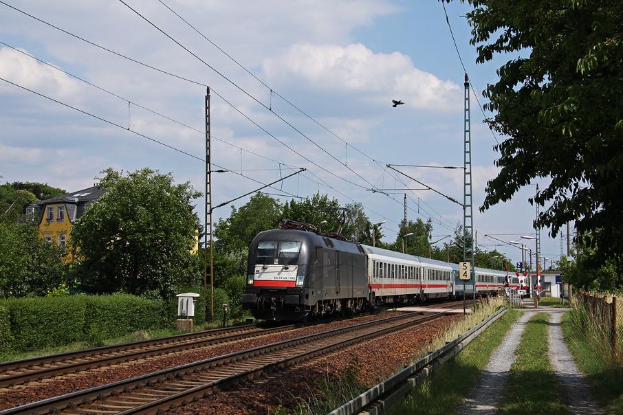 https://img.webme.com/pic/e/elbtalbahn/5159-117-026.jpg