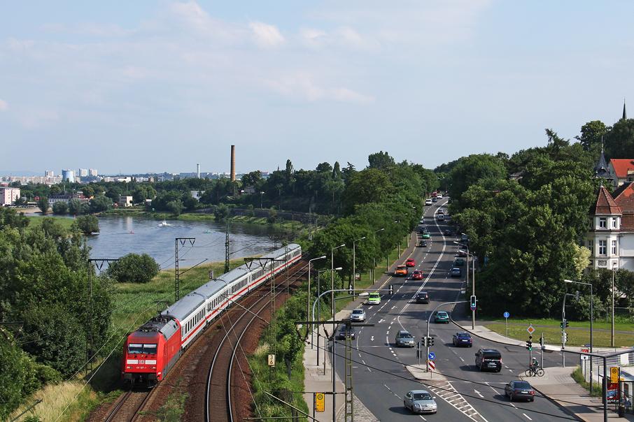 https://img.webme.com/pic/e/elbtalbahn/5180-101-107.jpg