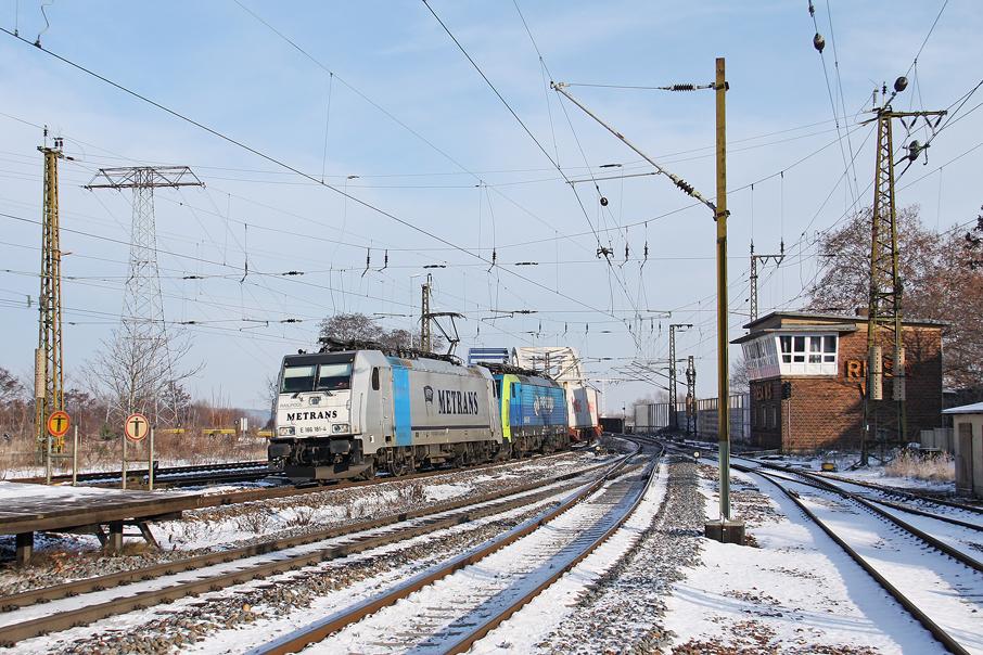 https://img.webme.com/pic/e/elbtalbahn/5238-186-181_189.jpg