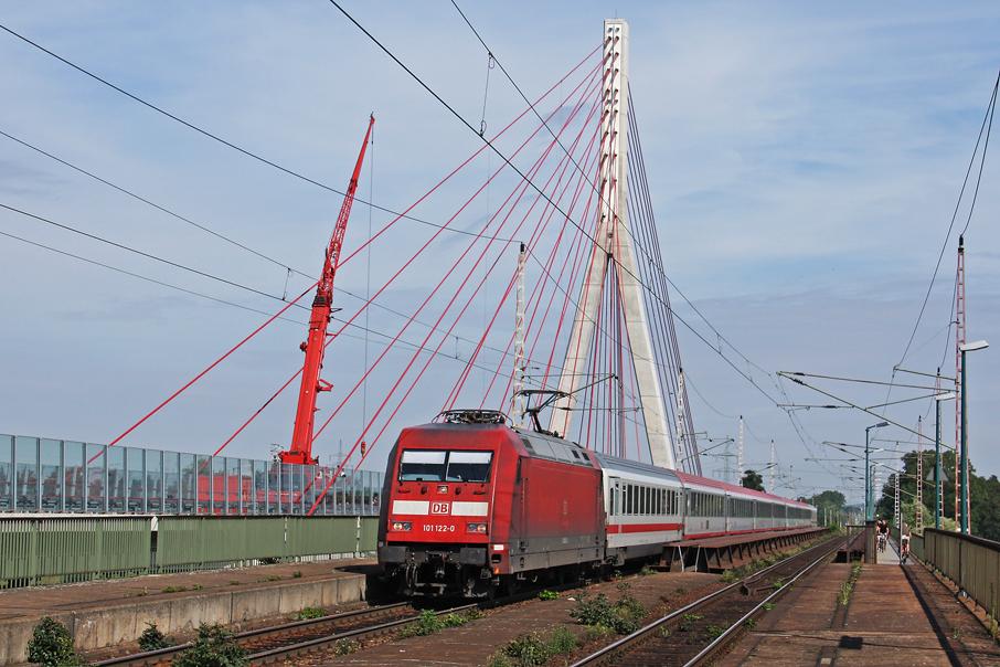 https://img.webme.com/pic/e/elbtalbahn/6581-101-122.jpg