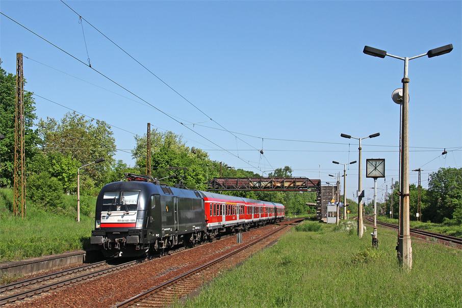 https://img.webme.com/pic/e/elbtalbahn/6936-182-528.jpg