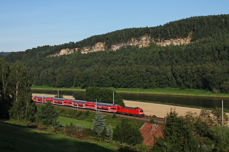 https://img.webme.com/pic/e/elbtalbahn/7052-182-006.jpg