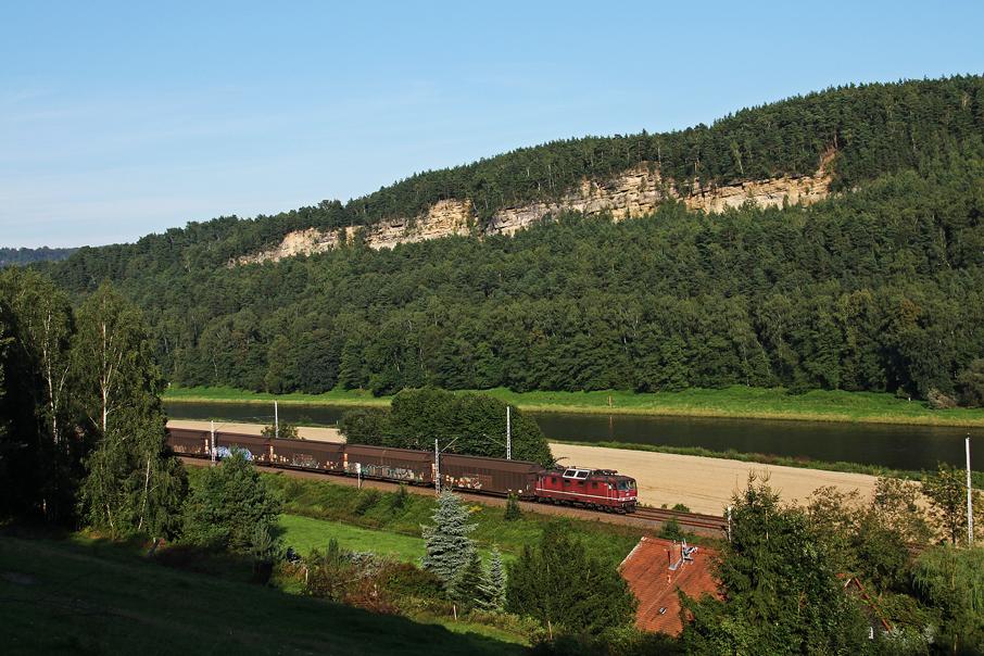 https://img.webme.com/pic/e/elbtalbahn/7064-180-011.jpg