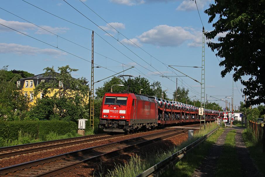 https://img.webme.com/pic/e/elbtalbahn/7270-185-281.jpg