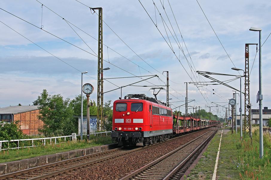 https://img.webme.com/pic/e/elbtalbahn/7512-151-036.jpg