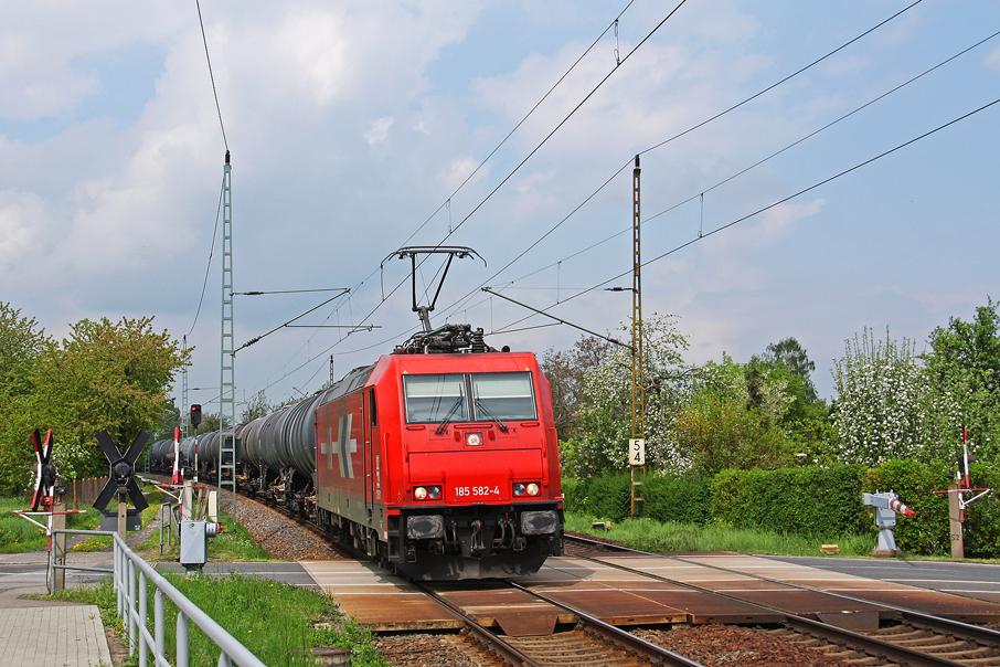 https://img.webme.com/pic/e/elbtalbahn/7899-185-582.jpg