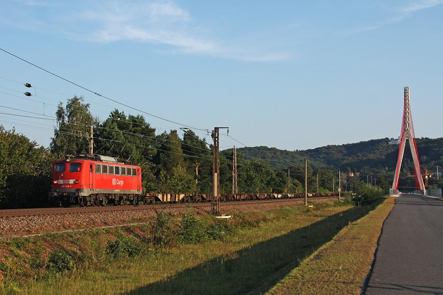 https://img.webme.com/pic/e/elbtalbahn/7925-140-036.jpg