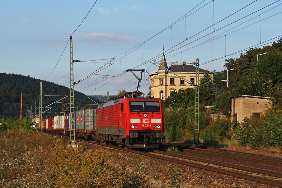 https://img.webme.com/pic/e/elbtalbahn/8318-189-016.jpg