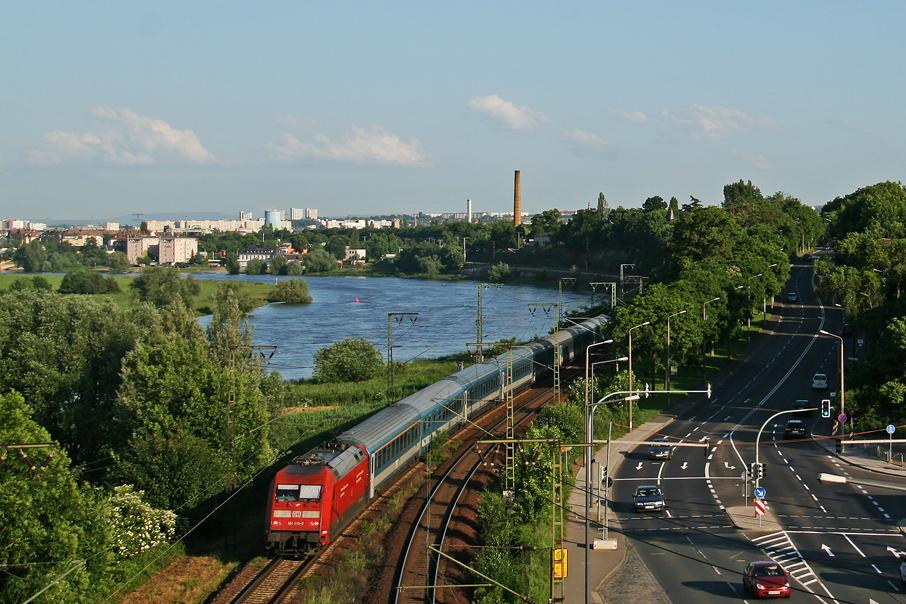https://img.webme.com/pic/e/elbtalbahn/8532-101-019.jpg