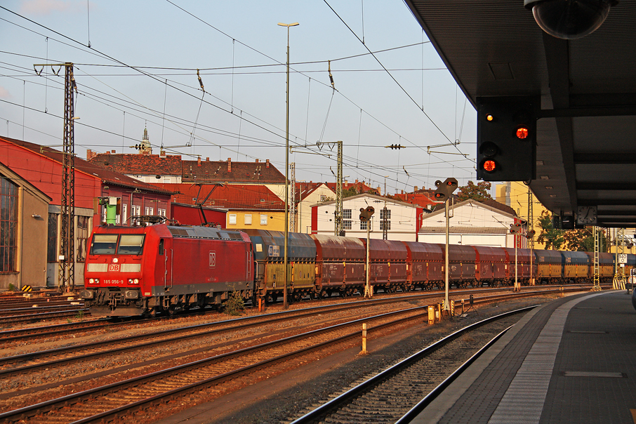https://img.webme.com/pic/e/elbtalbahn/8561-185-056.jpg