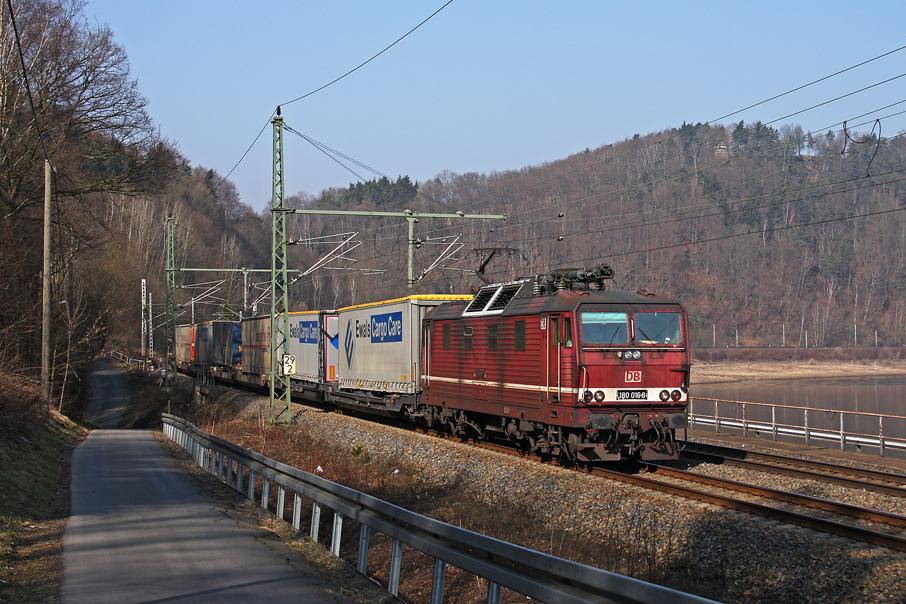 https://img.webme.com/pic/e/elbtalbahn/8583-180-016.jpg