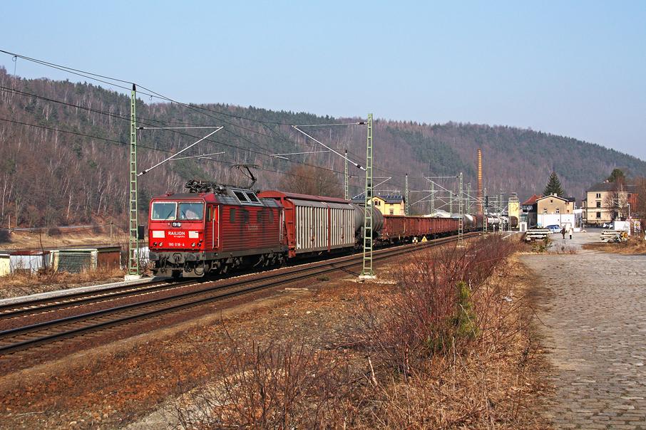 https://img.webme.com/pic/e/elbtalbahn/8604-180-018.jpg