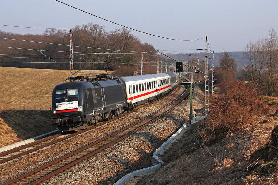 https://img.webme.com/pic/e/elbtalbahn/8830-es64u2-074.jpg