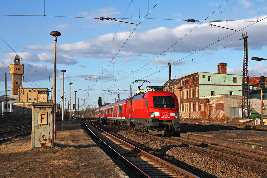 https://img.webme.com/pic/e/elbtalbahn/9102-182-010.jpg