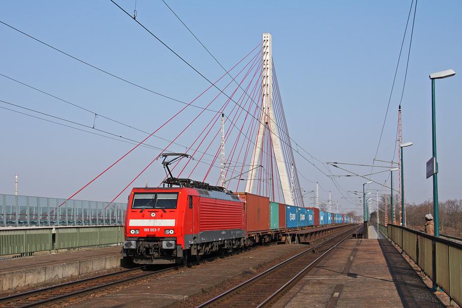 https://img.webme.com/pic/e/elbtalbahn/9312-189-003.jpg