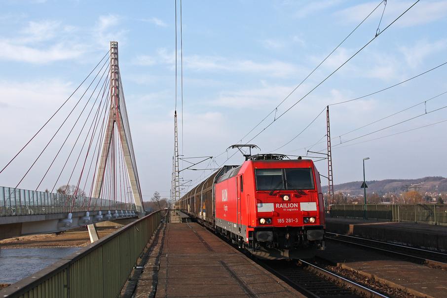 https://img.webme.com/pic/e/elbtalbahn/9380-185-281.jpg