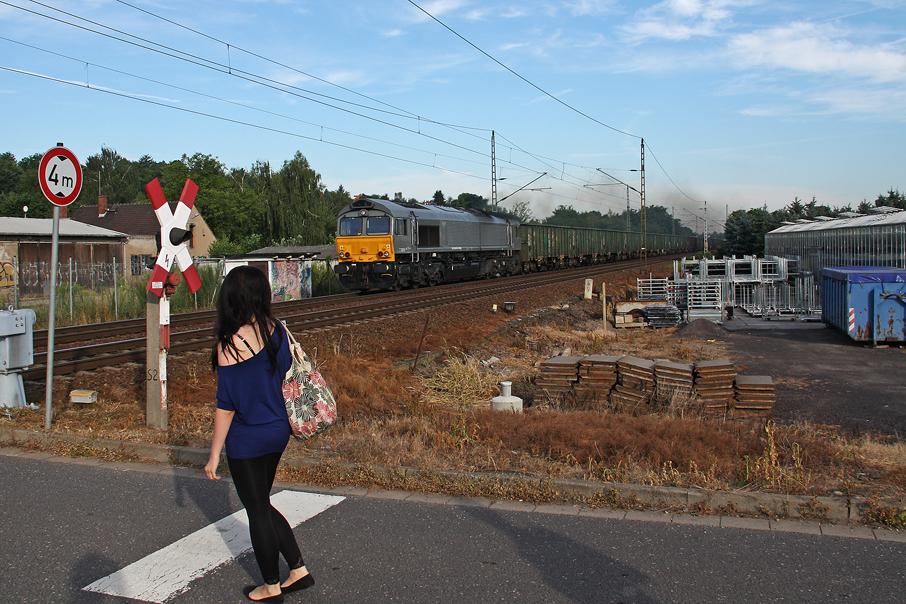 https://img.webme.com/pic/e/elbtalbahn/9403-class66.jpg