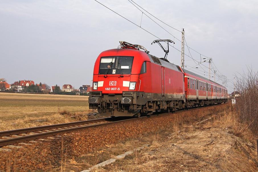 https://img.webme.com/pic/e/elbtalbahn/9513-182-007.jpg