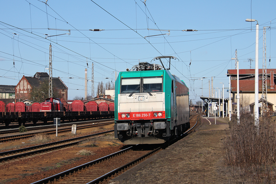 https://img.webme.com/pic/e/elbtalbahn/9654-186-250-rts.jpg