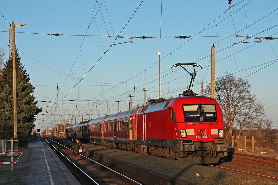 https://img.webme.com/pic/e/elbtalbahn/9718-182-003.jpg