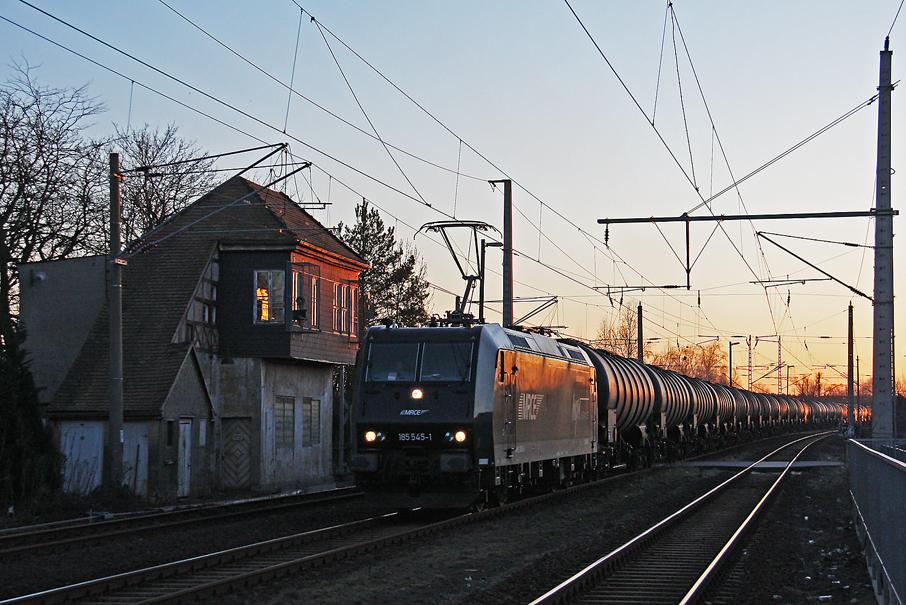 https://img.webme.com/pic/e/elbtalbahn/9732-185-545.jpg