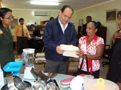 Ms. Sybil Fontinelle y El Embajador Dario Morandy