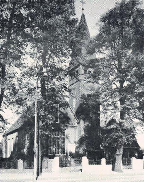 Die Christuskirche an der Bremer Straße, erbaut im Jahre 1911 unter P. Hermann Meyer