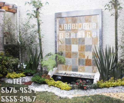 En jardin arte muros llorones for Bordillos de hormigon para jardin