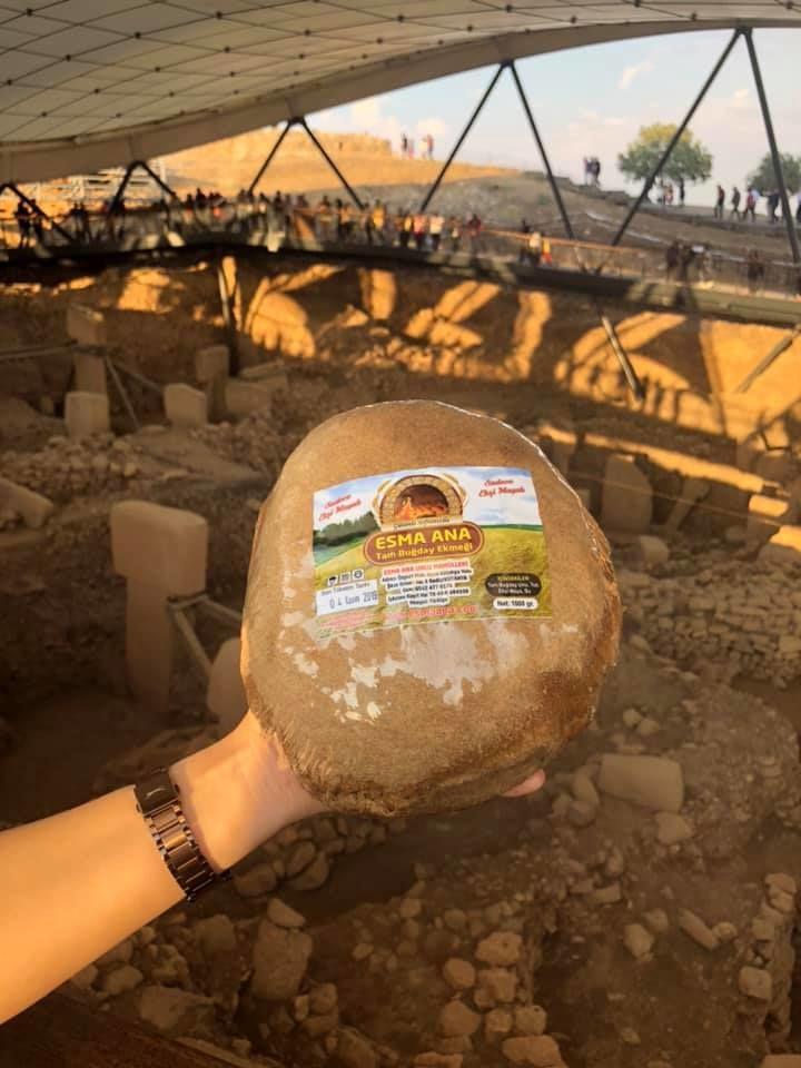 Esma Ana Ekşi Mayalı Doğal Köy Ekmeği Göbekli Tepe