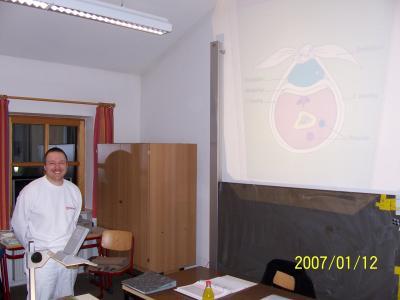 Die Ausbildung in Erste Hilfe gehört zur Grundausbildung jedes Feuerwehrdienstleistenden
