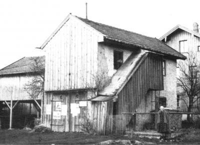 Die erste Unterkunft. Ein besserer Holzschuppen an der Pallinger Straße