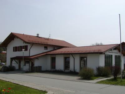 Die derzeitige Unterkunft. Erbaut Mitte der neunziger Jahre durch die Stadt Traunstein.