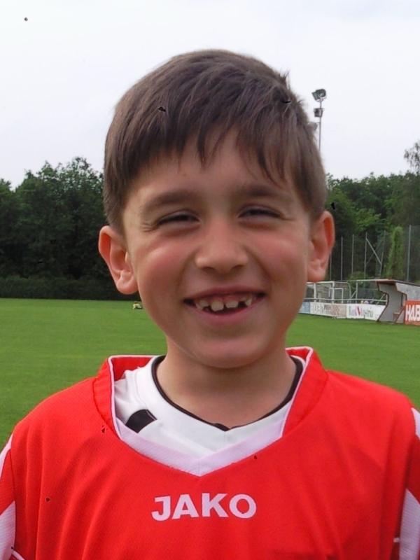 KENJIC Njegos(11.05.2005)