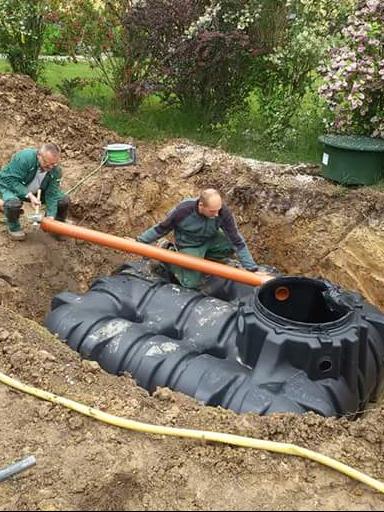 Landschaftsbau dachbegr nung ihr g rtner bauprojekte 2017 for Gartengestaltung chemnitz