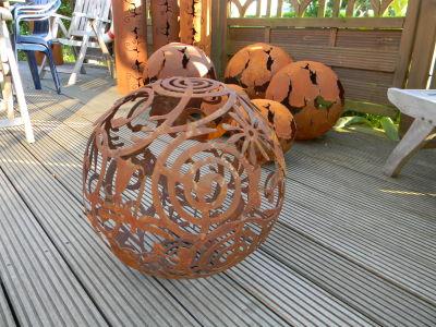 Der gartencop rostige gartendeko for Gartendeko aus stahl