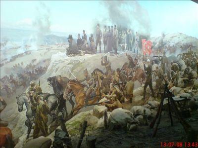 kurtulus savasi bayrak tutan asker