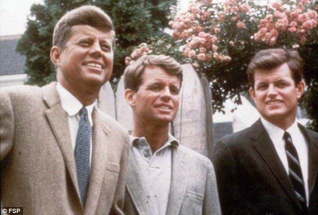 Ted Kennedy, Robert Kennedy ve John F. Kennedy